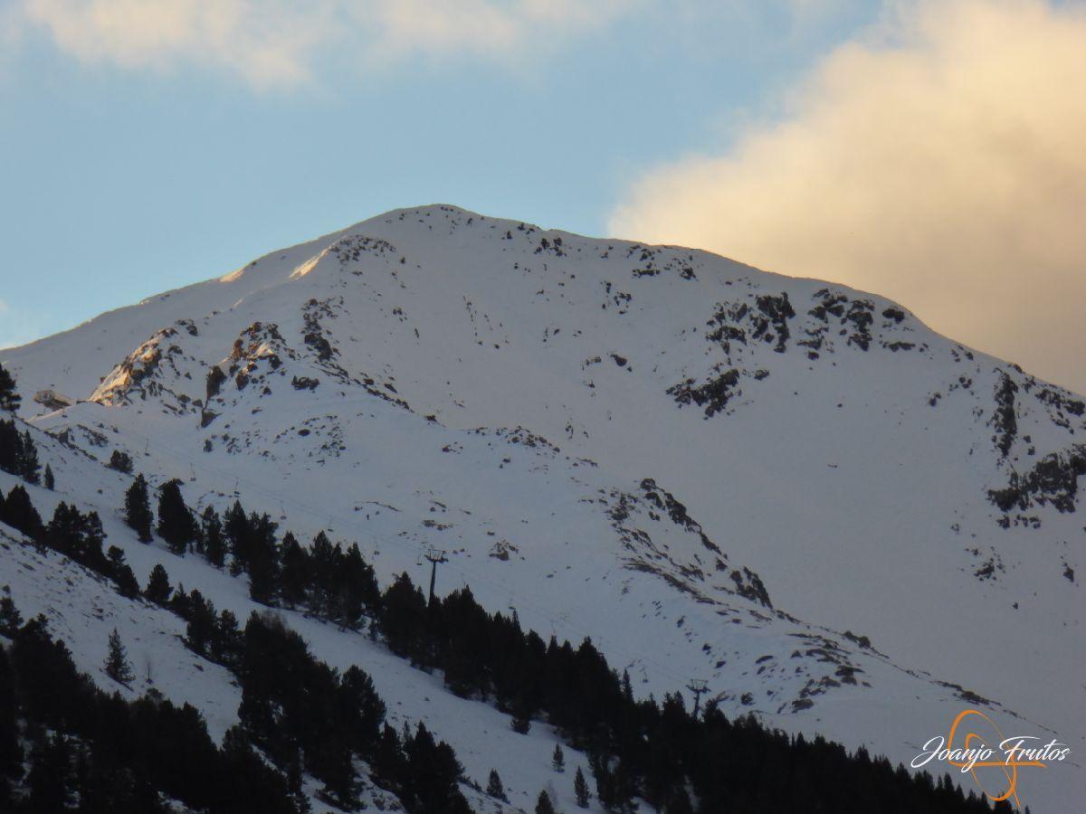 P1210747 - Remontes de Cerler abiertos y buena nieve.