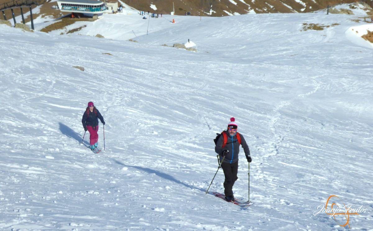 P1210769 - Y 20 en Basibé de paseo con las focas, Cerler.