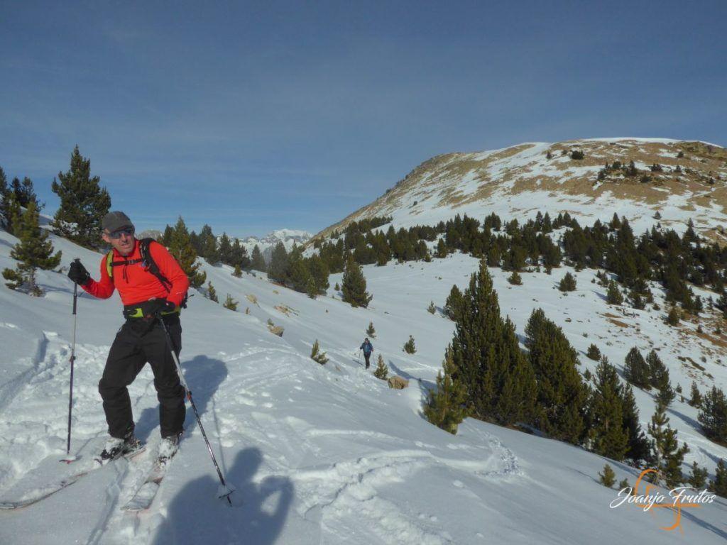 P1220099 1024x768 - Travesía corta y con nieve virgen en Cerler.