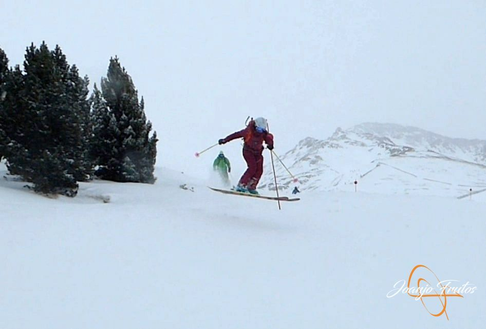 Captura de pantalla 2019 01 29 a las 17.20.11 - Powder Cerler, Girls Team & agregados.