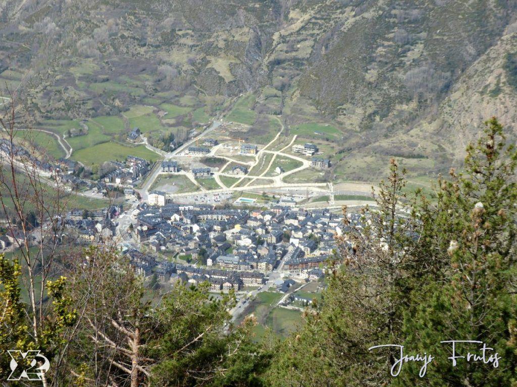 P1230848 1024x768 - Paseo por la Mina de Cerler.