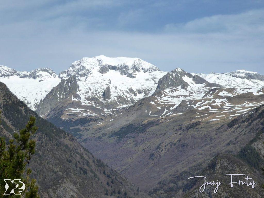 P1230856 1024x768 - Paseo por la Mina de Cerler.