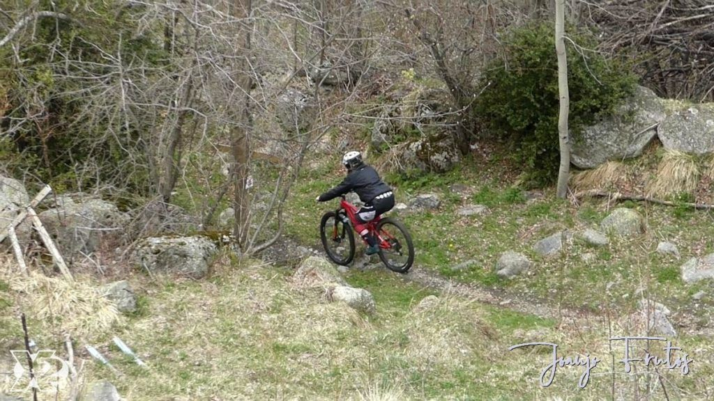 P1230884 1024x576 - Paseo por la Mina de Cerler.
