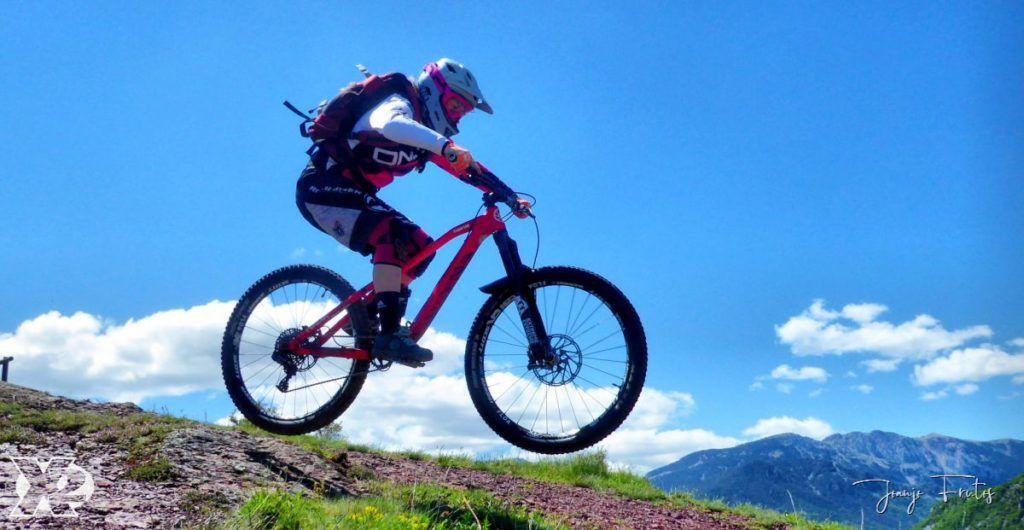 P1240532 fhdr 001 1024x530 - Votamos y pedaleamos por el Valle de Benasque.