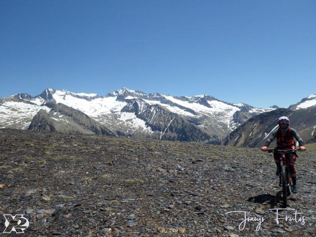P1240705 1024x768 - Pedales en Estibafreda 2.697 m, Valle de Benasque.