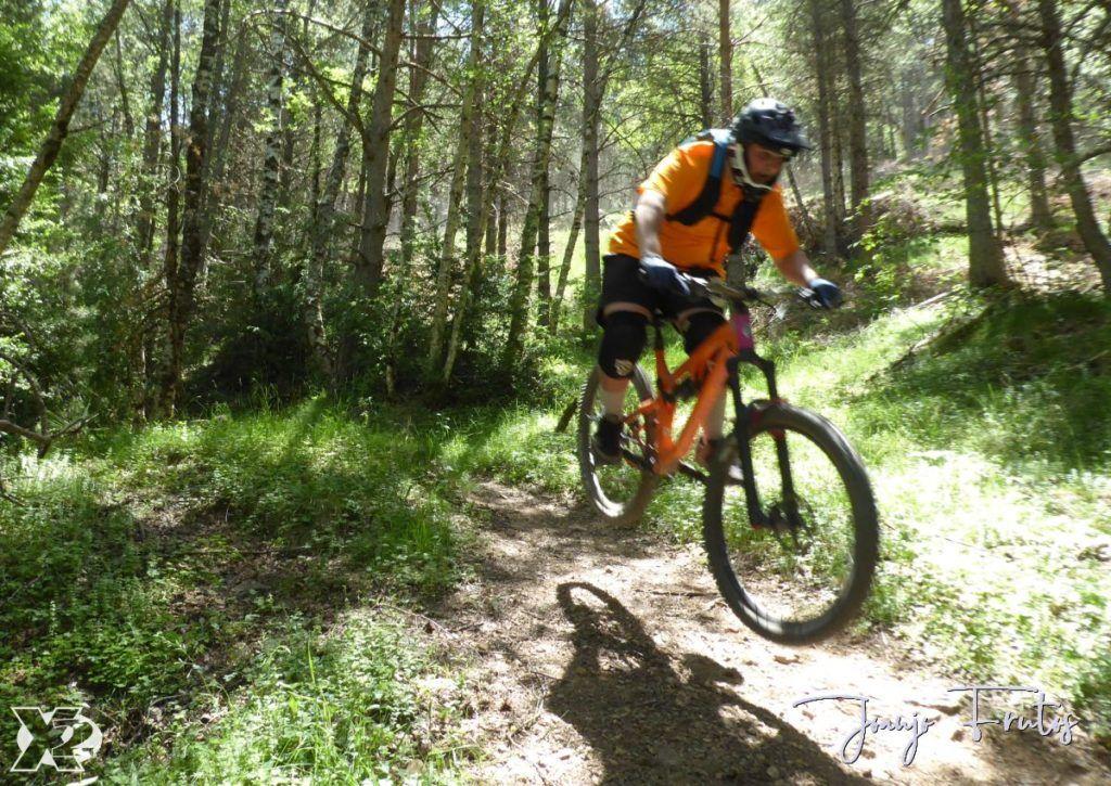 P1250408 1024x725 - Con riders así, salen las fotos solas, Valle de Benasque.