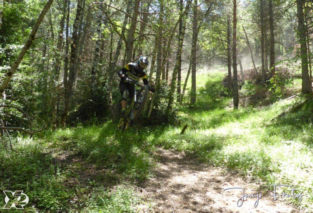 P1250410 1024x697 - Con riders así, salen las fotos solas, Valle de Benasque.
