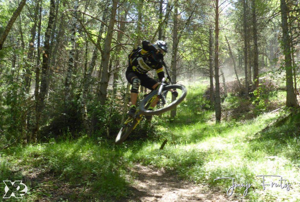 P1250412 1024x690 - Con riders así, salen las fotos solas, Valle de Benasque.