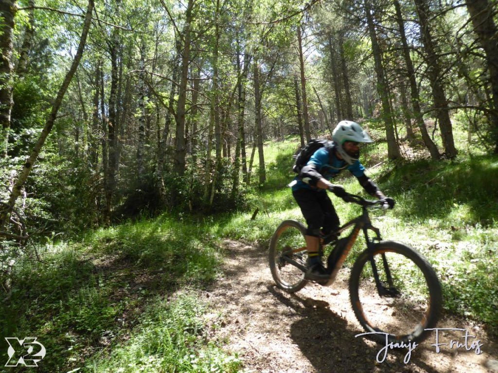 P1250423 1024x768 - Con riders así, salen las fotos solas, Valle de Benasque.