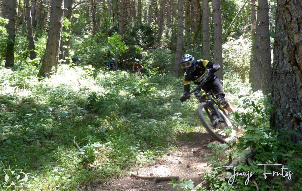 P1250441 1024x649 - Con riders así, salen las fotos solas, Valle de Benasque.
