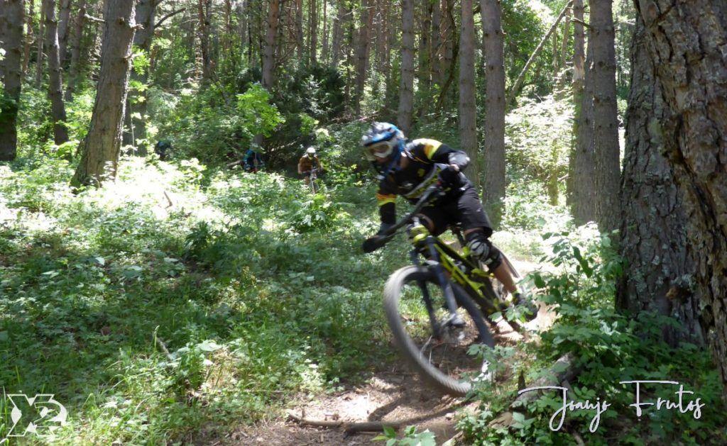 P1250442 1024x629 - Con riders así, salen las fotos solas, Valle de Benasque.
