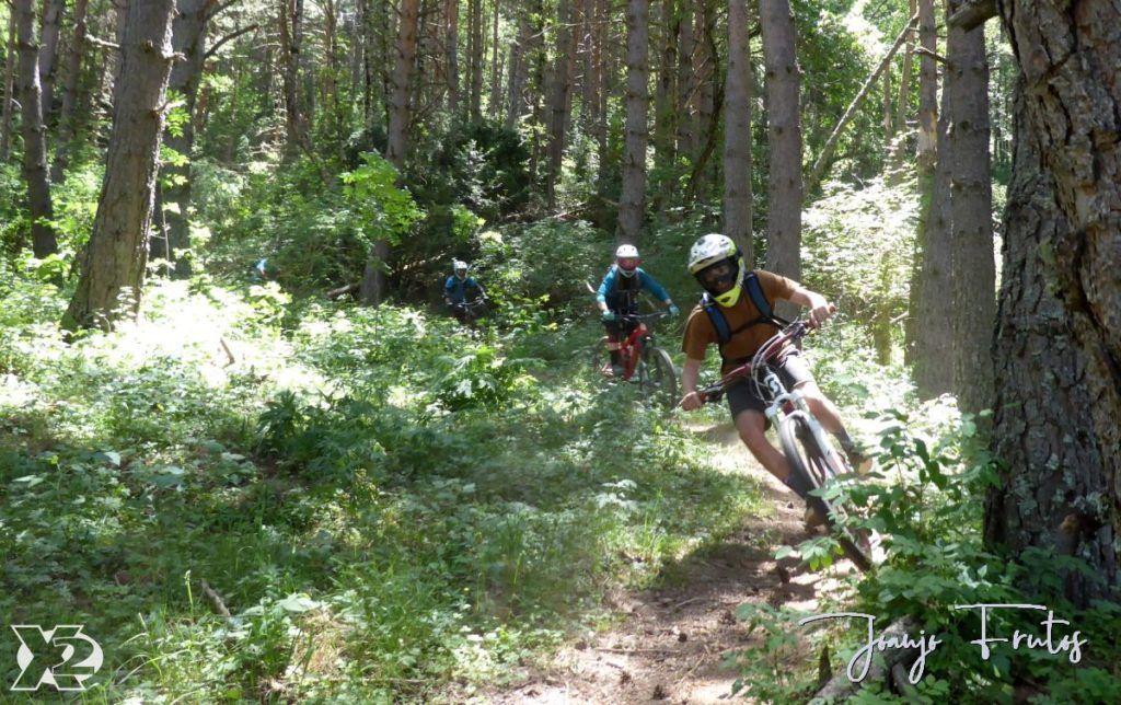 P1250444 1024x644 - Con riders así, salen las fotos solas, Valle de Benasque.