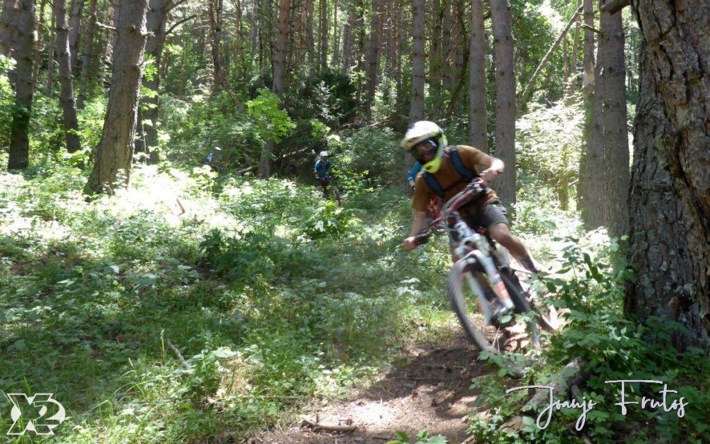 P1250445 1024x640 - Con riders así, salen las fotos solas, Valle de Benasque.