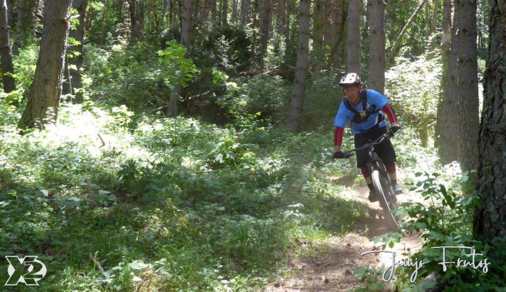 P1250451 1024x590 - Con riders así, salen las fotos solas, Valle de Benasque.