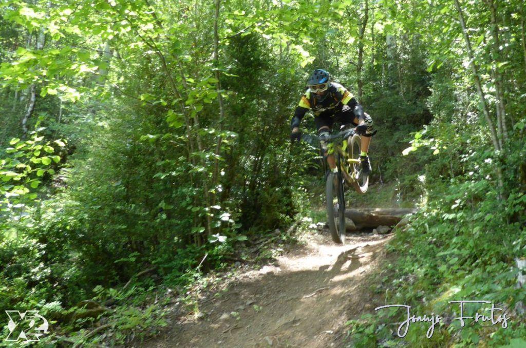 P1250463 1024x678 - Con riders así, salen las fotos solas, Valle de Benasque.