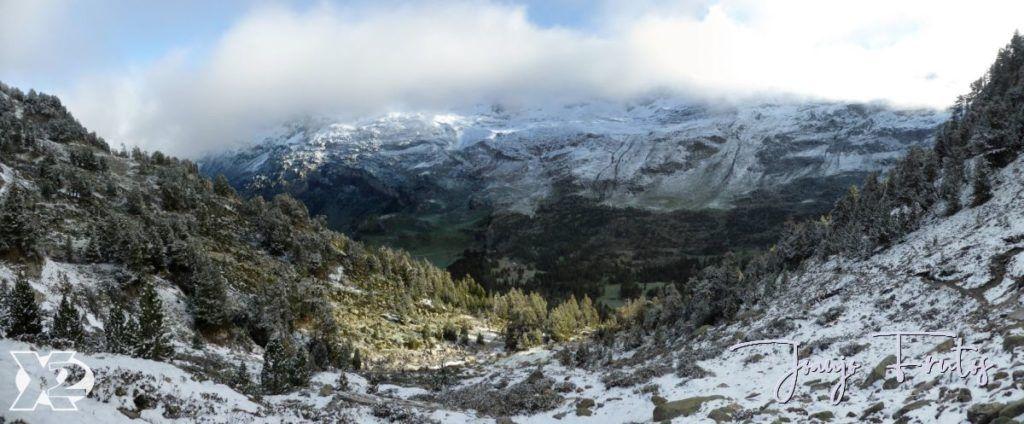 """Panorama 2 1024x424 - Maladetas, encontrando el """"powder"""" en junio."""