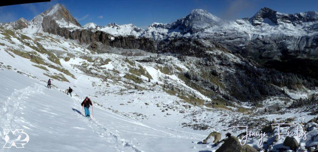 """Panorama 3 1024x492 - Maladetas, encontrando el """"powder"""" en junio."""