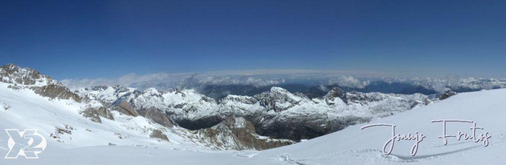 """Panorama 7 1024x335 - Maladetas, encontrando el """"powder"""" en junio."""