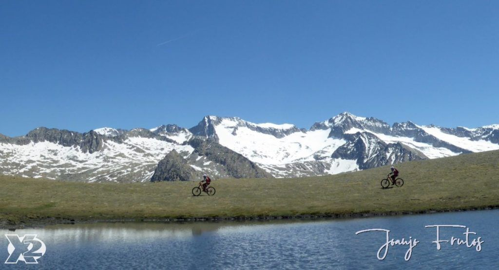 Panorama 8 001 1024x554 - Pedales en Estibafreda 2.697 m, Valle de Benasque.