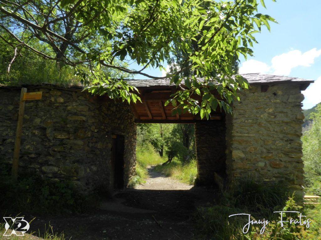 P1250678 1024x768 - Paseando por Las Tres Cascadas