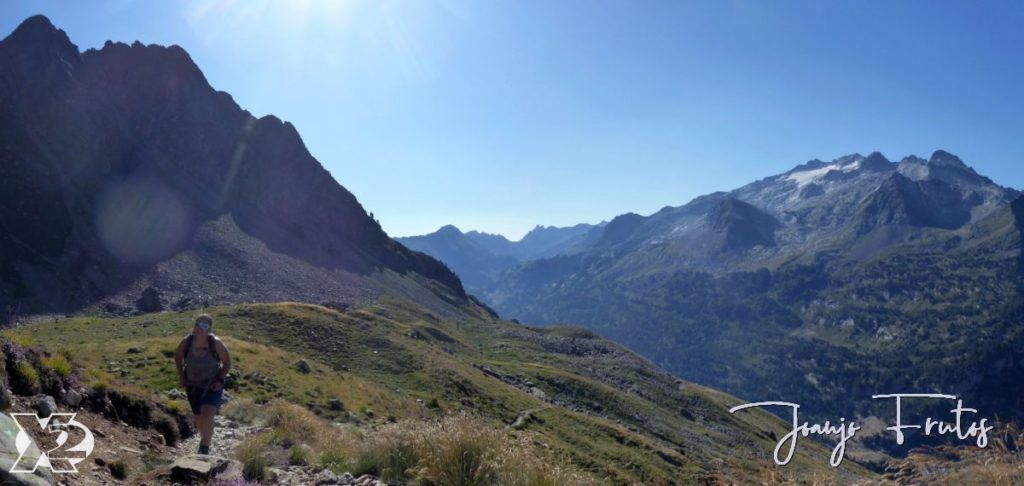 Panorama 1 001 1024x486 - Gorgutes y Puerto de La Glera, Valle de Benasque.
