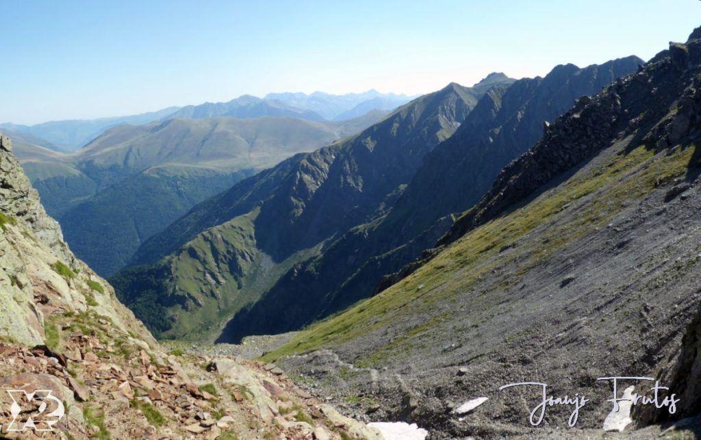 Panorama 12 001 1024x643 - Gorgutes y Puerto de La Glera, Valle de Benasque.
