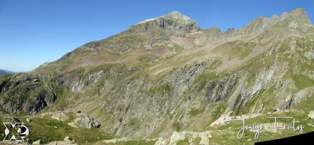 Panorama 3 001 1024x475 - Gorgutes y Puerto de La Glera, Valle de Benasque.