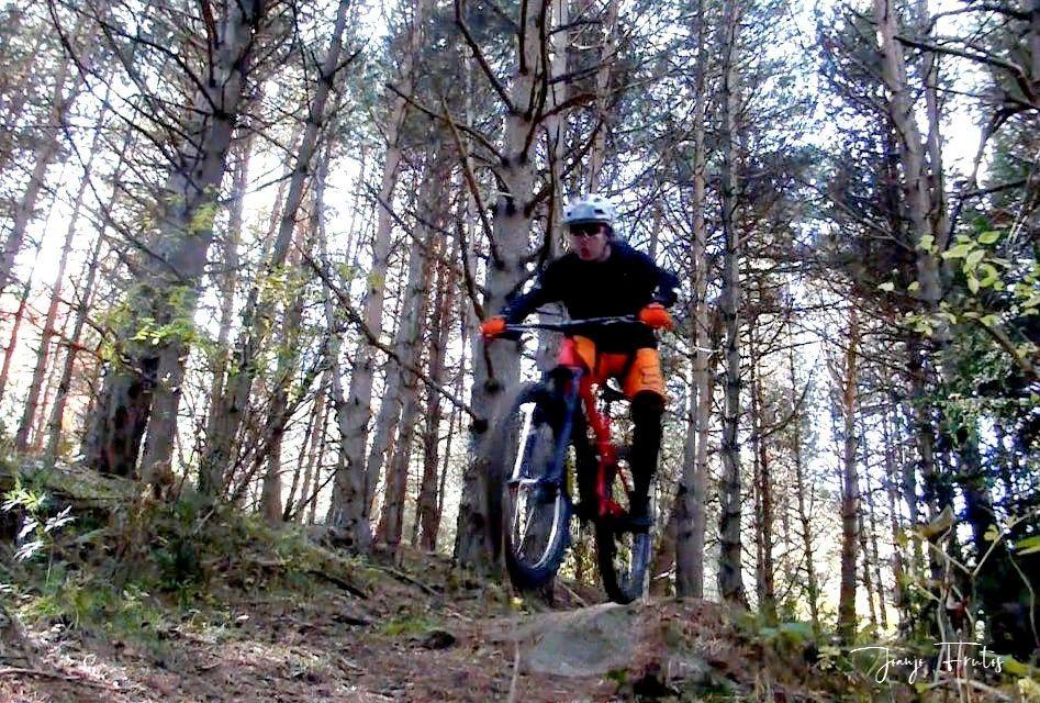 Captura de pantalla 2019 10 29 a las 14.13.49 - Vuelve el veroño, pues bicicleta por Cerler.