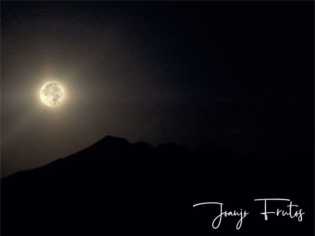 LUNA 2 2 1024x768 - Madrugas y te encuentras la Luna.