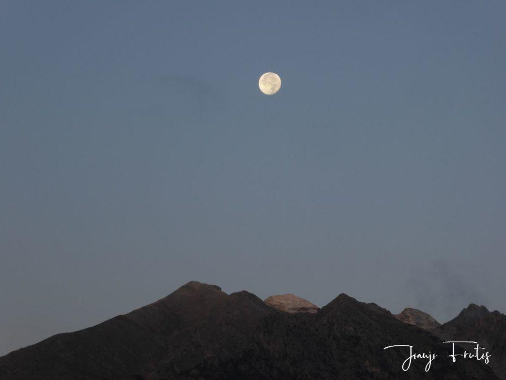 P1290805 1024x768 - Luna y nieve en el ValledeBenasque.
