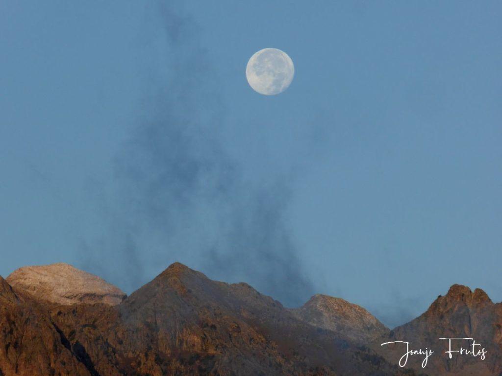 P1290819 1024x768 - Luna y nieve en el ValledeBenasque.
