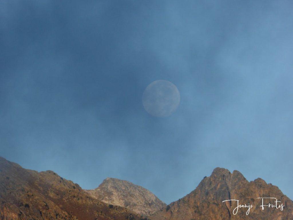 P1290820 1024x768 - Luna y nieve en el ValledeBenasque.