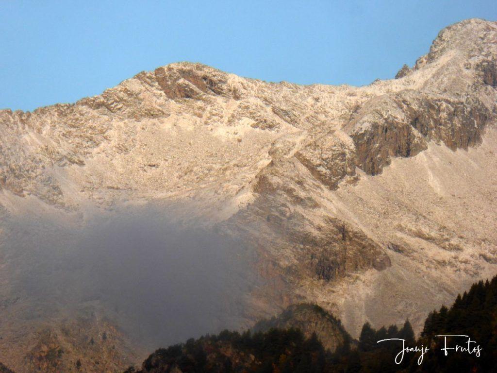P1290824 1024x768 - Luna y nieve en el ValledeBenasque.