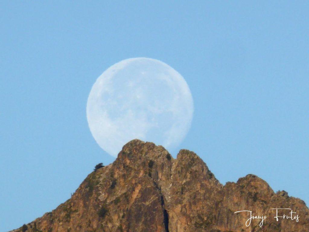 P1290838 1024x768 - Luna y nieve en el ValledeBenasque.