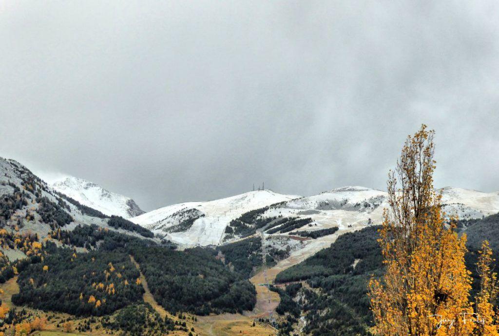 P1300206 fhdr 1024x689 - Empezamos noviembre en Cerler, Valle de Benasque.