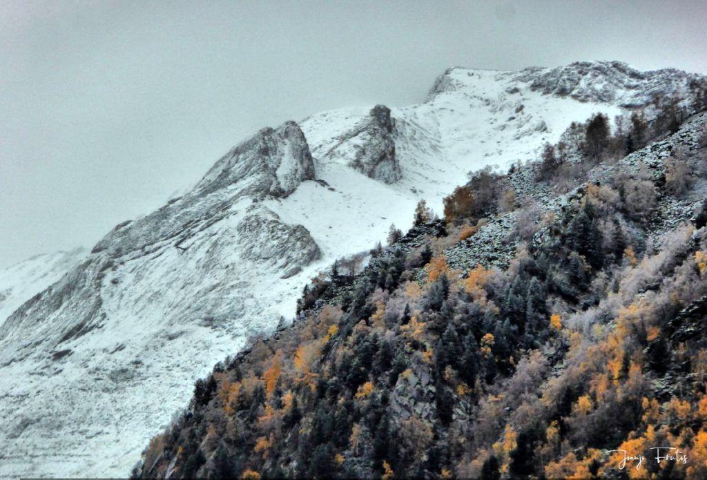 P1300208 fhdr 1024x695 - Empezamos noviembre en Cerler, Valle de Benasque.