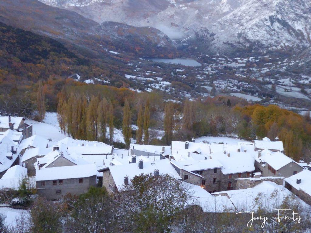 P1300365 1024x768 - Votamos esquiar en familia, Valle de Benasque.