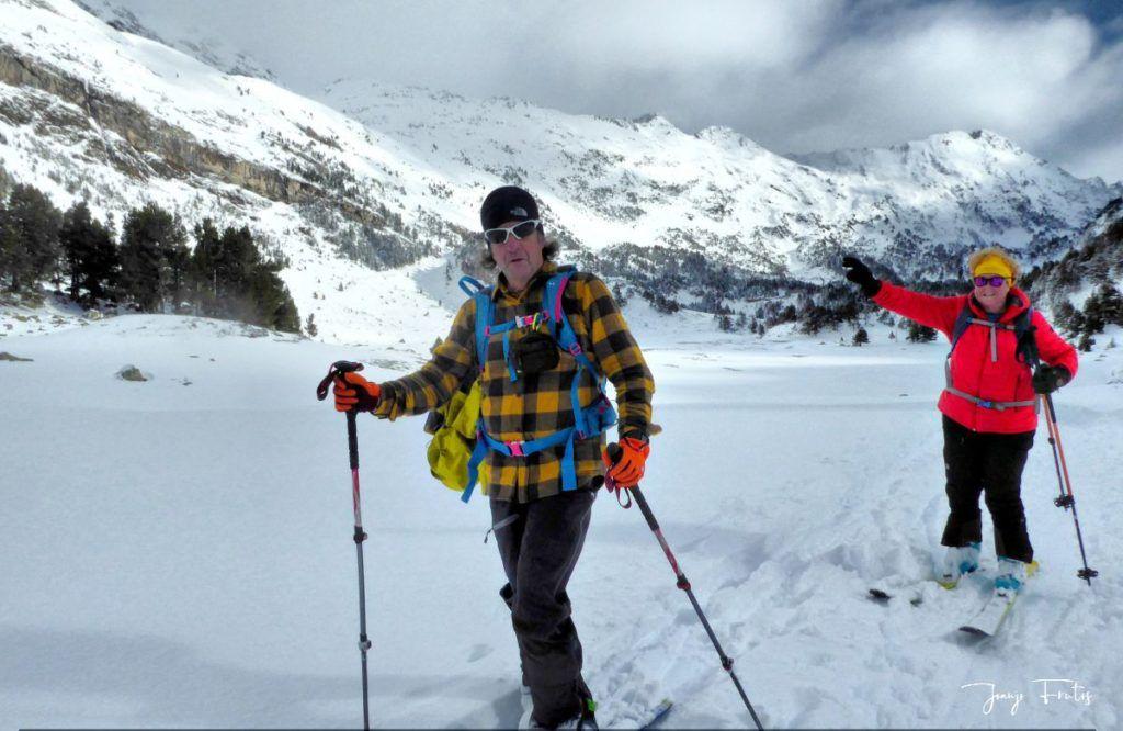 P1300445 fhdr 001 1024x666 - Votamos esquiar en familia, Valle de Benasque.