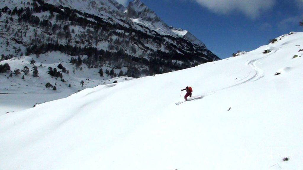 P1300452 1024x576 - Votamos esquiar en familia, Valle de Benasque.
