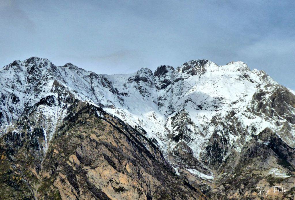 P1300464 fhdr 1024x693 - Modo ON, temporada de nieve en el Valle de Benasque.