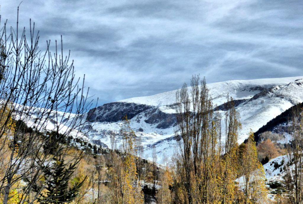 P1300465 fhdr 1024x690 - Modo ON, temporada de nieve en el Valle de Benasque.
