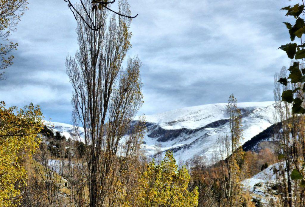 P1300466 fhdr 1024x694 - Modo ON, temporada de nieve en el Valle de Benasque.