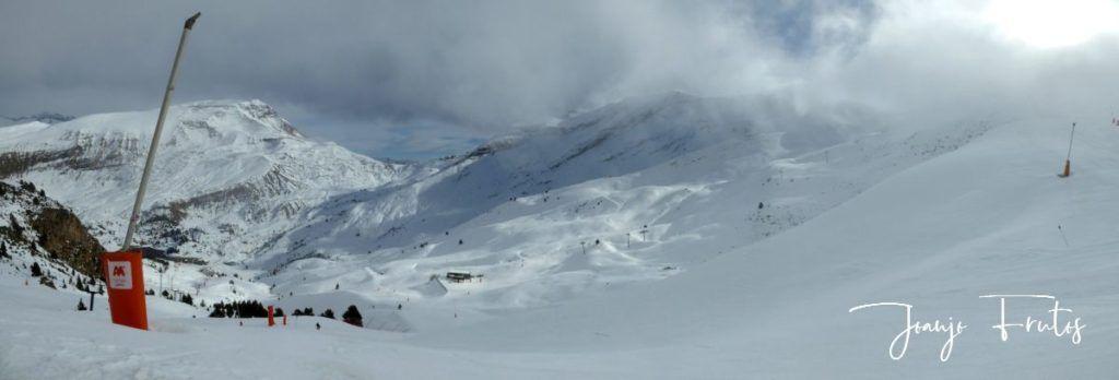 Panorama 1 Desde Colladeta 1 1024x348 - Noviembre-Colladeta-nieve.