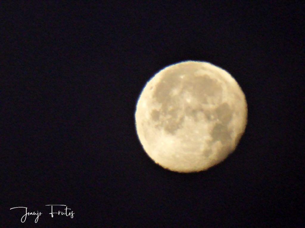 P1310107 1024x768 - Cuando la Luna esquía en Cerler.