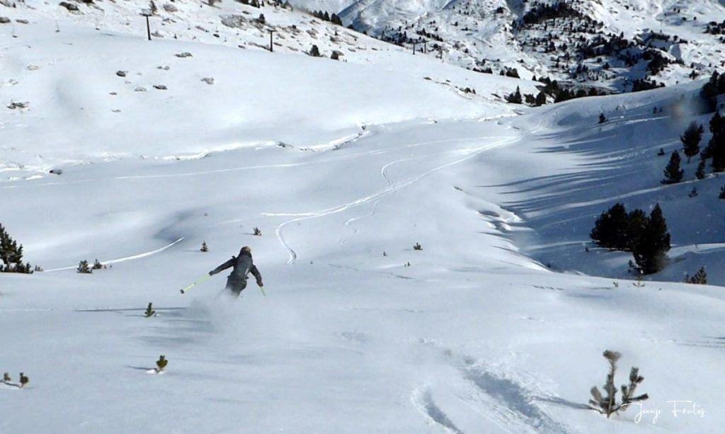 Captura de pantalla 2020 01 19 a las 15.22.56 1024x613 - Y llegó la primera nevada del 2020 en Cerler (Valle de Benasque)