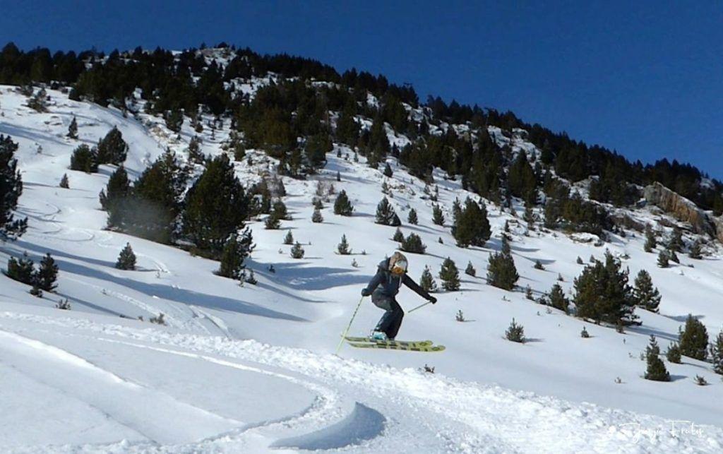 Captura de pantalla 2020 01 19 a las 15.26.53 1024x643 - Y llegó la primera nevada del 2020 en Cerler (Valle de Benasque)
