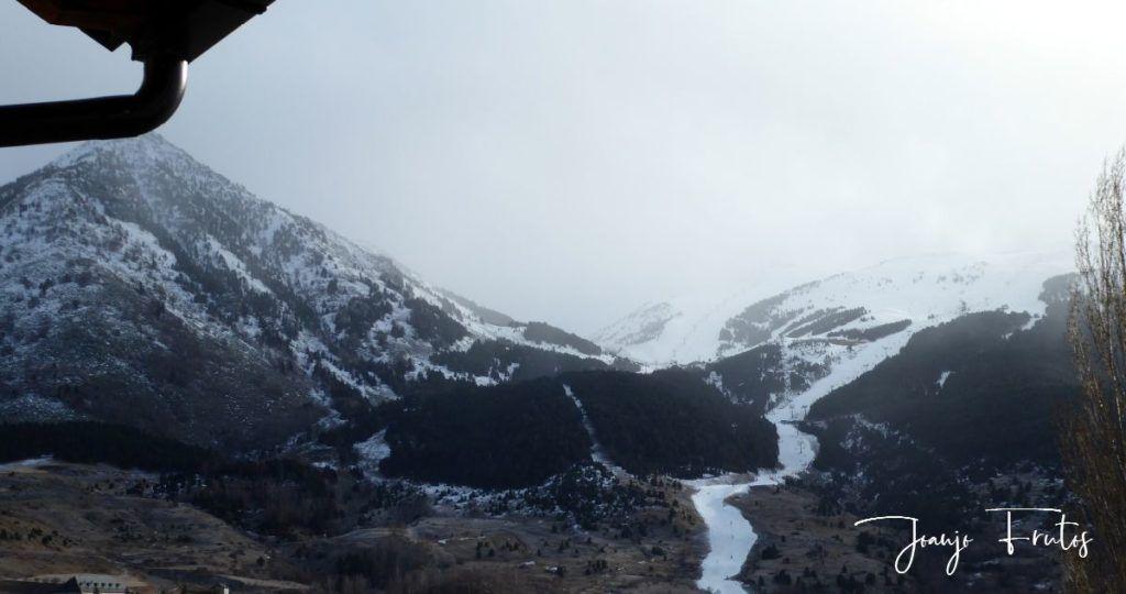 P1310330 1024x540 - Y nevó, poco pero seguiremos esperando en Cerler.