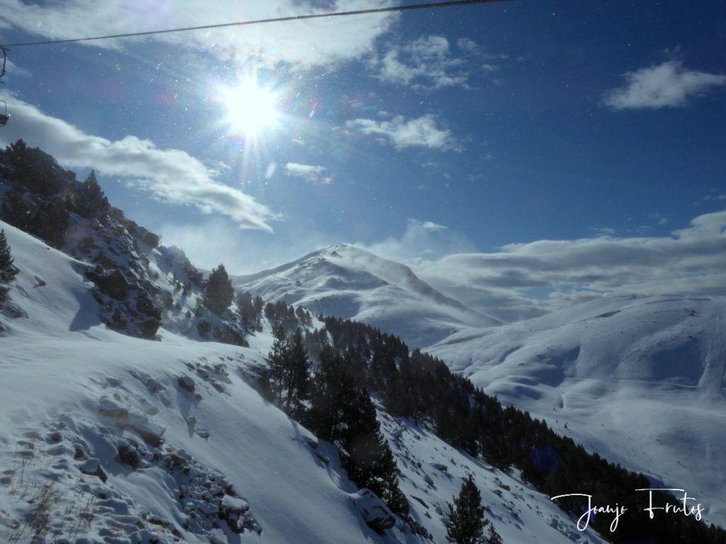 P1310354 1024x768 - Y llegó la primera nevada del 2020 en Cerler (Valle de Benasque)