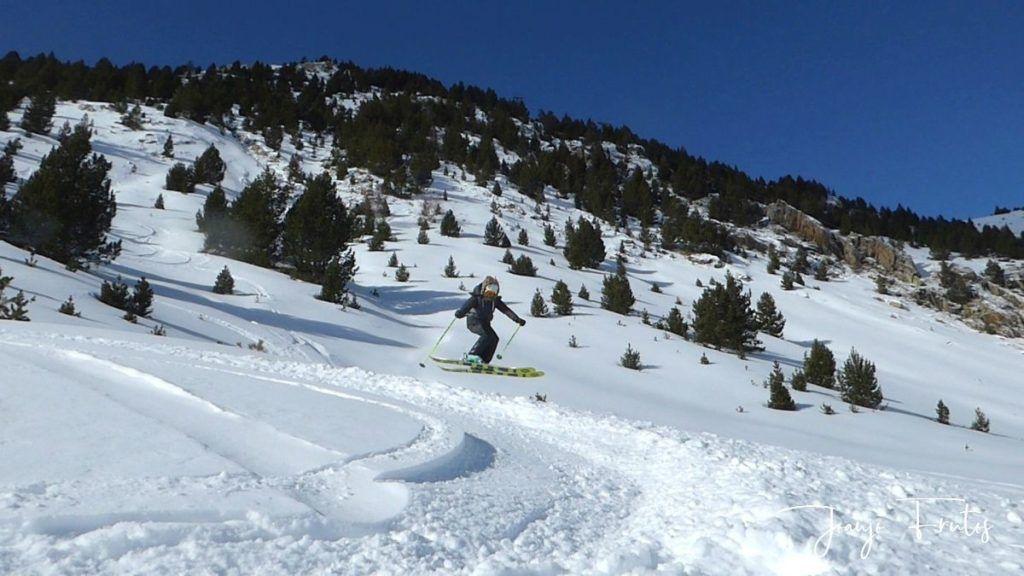 P1310368 1024x576 - Y llegó la primera nevada del 2020 en Cerler (Valle de Benasque)