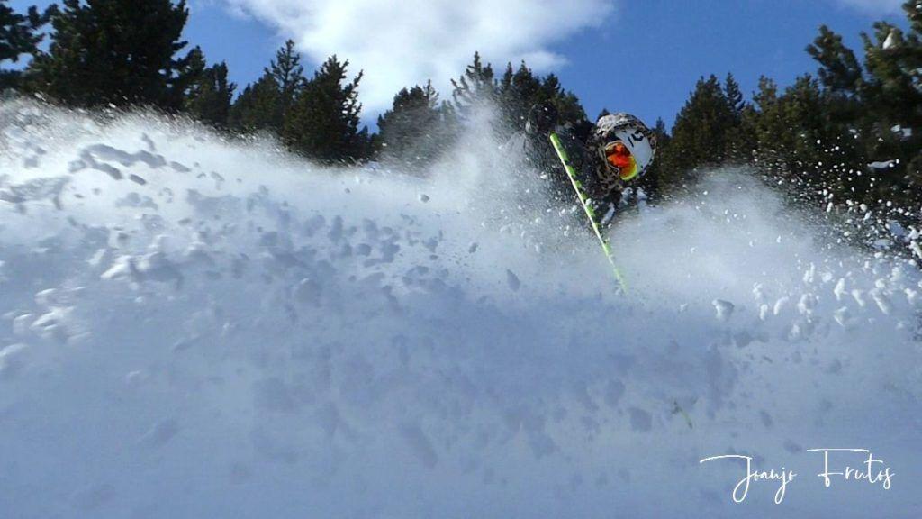 P1310374 1024x576 - Y llegó la primera nevada del 2020 en Cerler (Valle de Benasque)